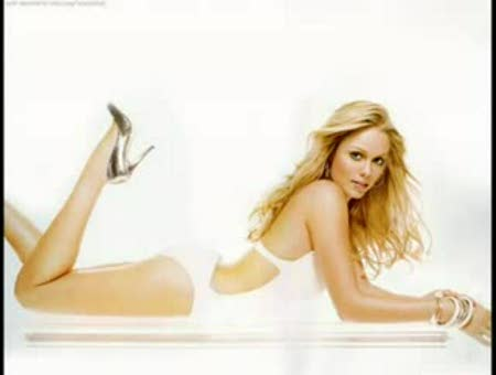Laura Vandervoort, la rubia de Smallville
